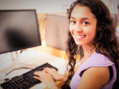 Κοινωνικό φροντιστήριο Πληροφορικής για μαθητές Γυμνάσιου